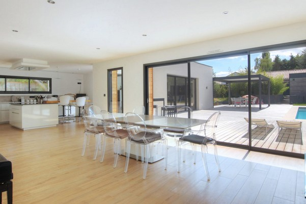carrelage parquet stratifi pvc quel sol choisir. Black Bedroom Furniture Sets. Home Design Ideas